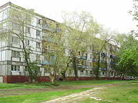 Novokuibyshevsk, Budenny st, house 8. Apartment house