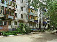Novokuibyshevsk, Voroshilov st, house 10Б. Apartment house
