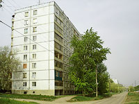 Novokuibyshevsk, Voroshilov st, house 18. Apartment house