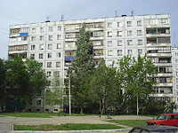 Novokuibyshevsk, Voroshilov st, house 24. Apartment house