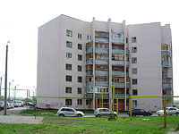 neighbour house: st. Voroshilov, house 30. Apartment house
