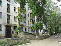 Novokuibyshevsk, Dzerzhinsky st, house 8. Apartment house
