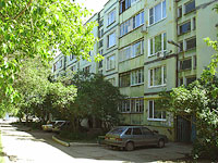 neighbour house: st. Dzerzhinsky, house 43А. Apartment house
