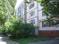 neighbour house: st. Dzerzhinsky, house 43В. Apartment house