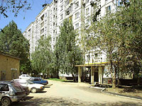 neighbour house: st. Dzerzhinsky, house 49В. Apartment house