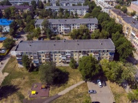 Novokuibyshevsk, st Kadomtsev, house 16. Apartment house