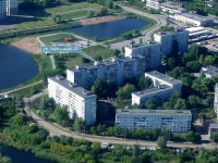 Novokuibyshevsk, Karbyshev st, house 22. Apartment house