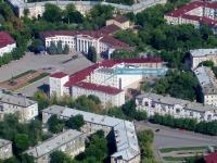 Novokuibyshevsk, Kommunisticheskaya st, house 39. Apartment house
