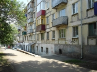 新古比雪夫斯克市, Mironov st, 房屋 25. 公寓楼