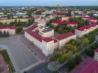 Novokuibyshevsk, st Mironov, house 2.