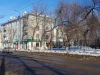 Novokuibyshevsk, st Mironov, house 9. Apartment house