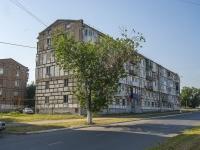 Novokuibyshevsk, st Ostrovsky, house 4. Apartment house