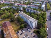 Novokuibyshevsk, st Pirogov, house 10. Apartment house