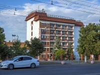 Novokuibyshevsk, avenue Pobedy, house 1Б. hotel