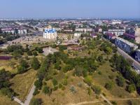 Novokuibyshevsk, st Dzerzhinsky. public garden
