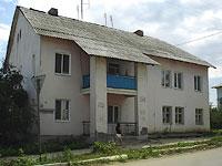 Oktyabrsk, st Volgo-Donskaya, house 1. Apartment house