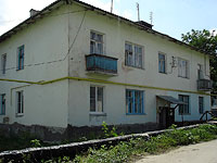 Oktyabrsk, st Volgo-Donskaya, house 12. Apartment house