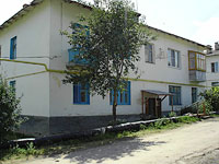 Oktyabrsk, Volgo-Donskaya st, house 14. Apartment house