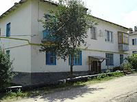 Oktyabrsk, st Volgo-Donskaya, house 14. Apartment house