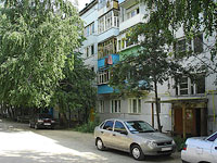Oktyabrsk, Mira st, house 169. Apartment house
