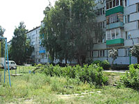 Oktyabrsk, Michurin st, house 2. Apartment house