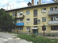 Октябрьск, улица Мичурина, дом 13. многоквартирный дом