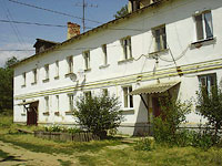 Oktyabrsk, 3rd Ln, house 3. Apartment house