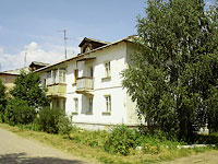 Oktyabrsk, 3rd Ln, house 4. Apartment house