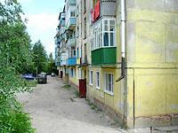 Октябрьск, улица Центральная, дом 6. многоквартирный дом