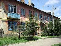 Октябрьск, улица Центральная, дом 9. многоквартирный дом