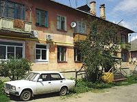 Октябрьск, улица Центральная, дом 11. многоквартирный дом