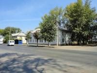 Отрадный, улица Буровиков, дом 27.