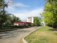 Otradny, st Leningradskaya, house 26. Apartment house