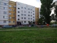 奧特拉德内, Orlov st, 房屋 18. 公寓楼