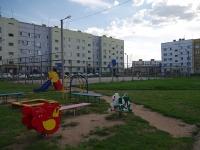 Отрадный, улица Орлова. спортивная площадка