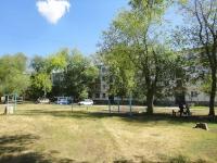 奧特拉德内, Pionerskaya st, 房屋 21В. 公寓楼