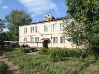 奧特拉德内, Pobedy st, 房屋 50. 公寓楼