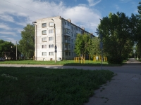 neighbour house: st. Sovetskaya, house 98. Apartment house