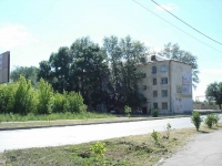 neighbour house: st. Zheleznodorozhnaya, house 49. Apartment house