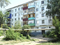 neighbour house: st. Zheleznodorozhnaya, house 73. Apartment house