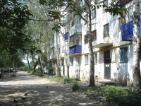 neighbour house: st. Zheleznodorozhnaya, house 77. Apartment house