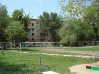 隔壁房屋: st. Stroitelnaya, 房屋 4. 公寓楼