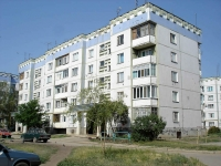 Chapaevsk, Khersonskaya st, house 15. Apartment house