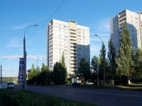 Togliatti, 40 Let Pobedi st, house 60. Apartment house