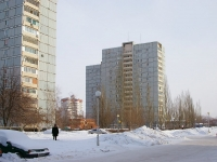 Togliatti, 40 Let Pobedi st, house 64. Apartment house