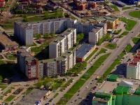 Togliatti, 40 Let Pobedi st, house 24. Apartment house