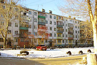 Togliatti, 50 let Oktyabrya blvd, house 67. Apartment house