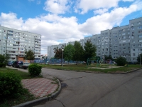 Togliatti, 70 let Oktyabrya st, house 8. Apartment house