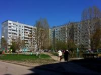 Togliatti, 70 let Oktyabrya st, house 18. Apartment house