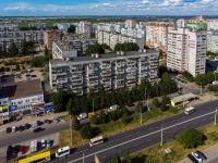 neighbour house: st. 70 let Oktyabrya, house 26. Apartment house